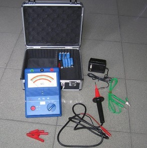 NL系列电动指针式绝缘电阻测试仪