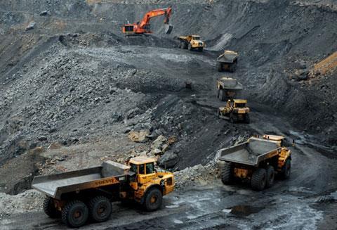 印度煤炭部长:努力减少进口煤炭直至为零