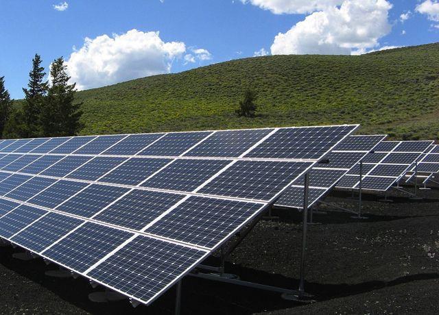 英国太阳能提供8.7吉瓦电力 创下新纪录