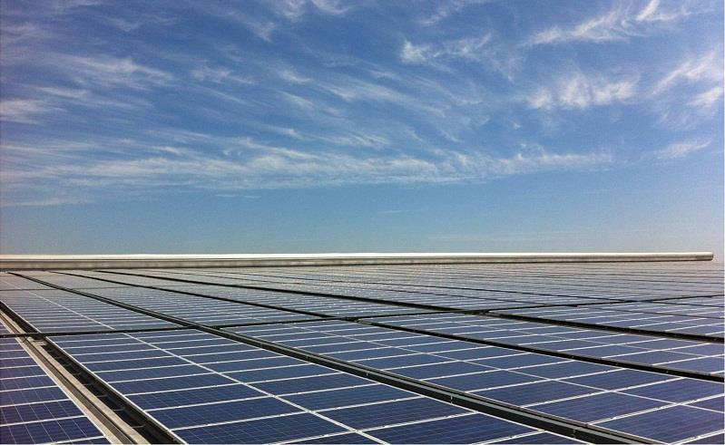 湖北省最大屋顶光伏电站并网发电