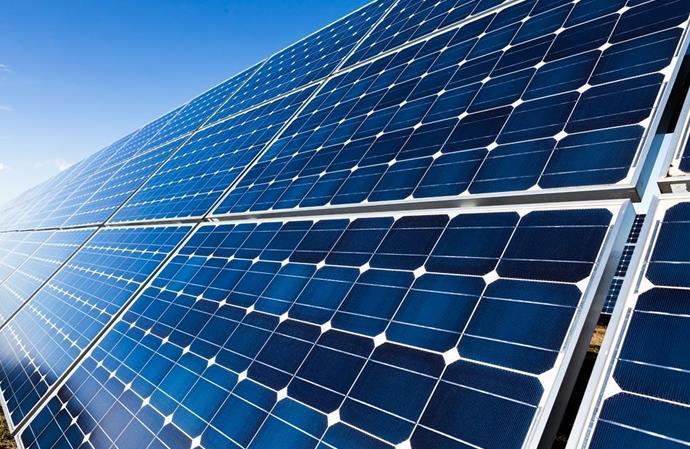 2017年上半年中国新增24.4吉瓦太阳能容量