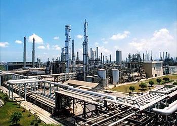 伊朗与俄罗斯、土耳其签署70亿美元油气协议