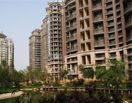 房企战线拉至三四线城市 上半年建业地产跌出郑州前十