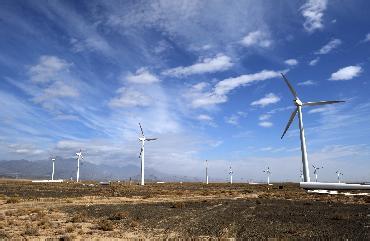 陕西新能源黄湾、盛梁2×50MW风电项目通过达标投产验收