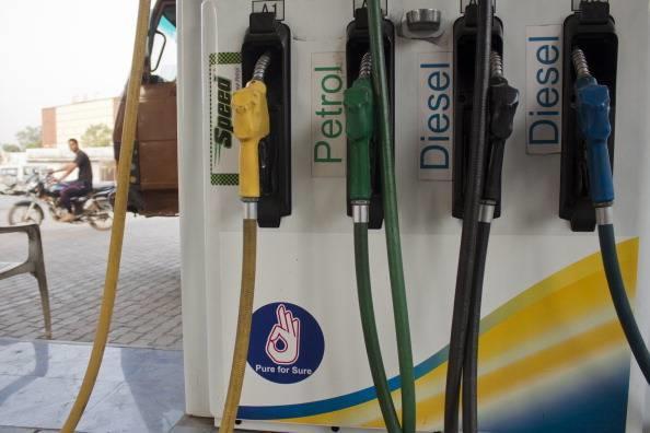 10月13日印度5.4万个加油站的经销商将罢工
