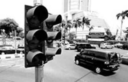 印尼突发重大公共安全事故 大面积停电影响恶劣