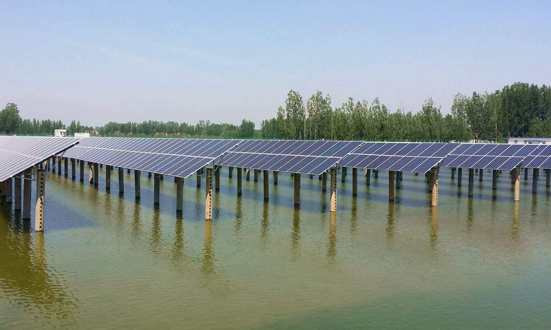 英德市石牯塘镇渔光互补光伏电站项目签约 总投资2.4亿元