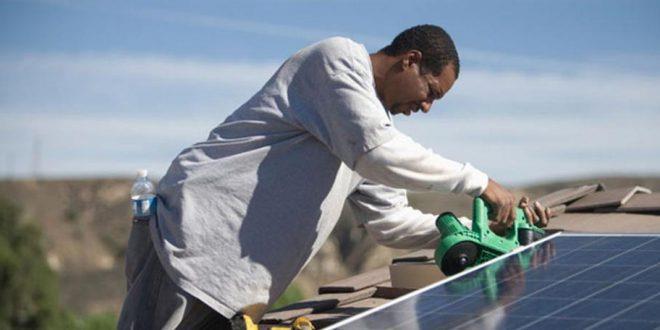 由于中国优惠贷款 肯尼亚最大太阳能电站电价减半