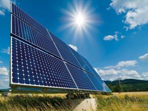 """香港太阳能发电量仅占本地0.1% 未来将推""""上网电价"""""""