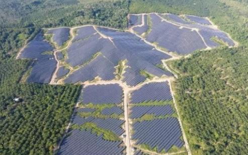 晶澳马来西亚首个大型地面光伏项目成功并网