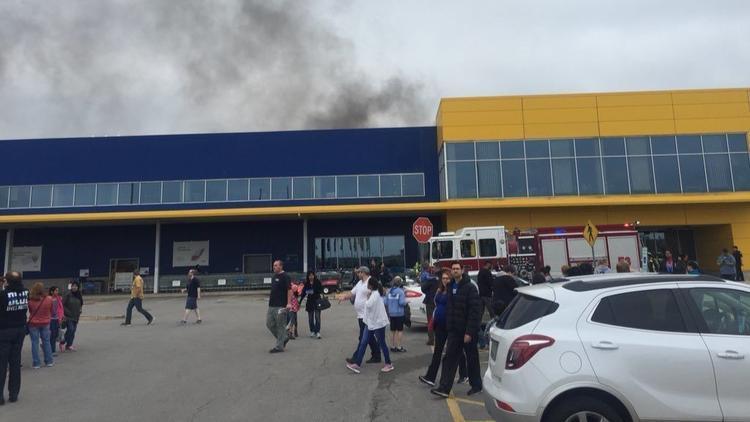屋顶太阳能电池板故障致宜家美国芝加哥一店起火