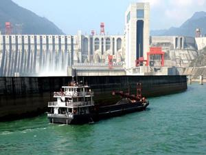 向家坝水电站升船机通过验收投入第一阶段试通航运行
