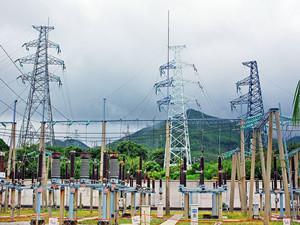 内蒙古超高压供电局25年累计建成23座超高压变电站
