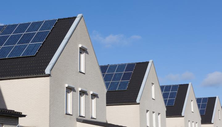 日产的太阳能和电池储能系统进入英国市场