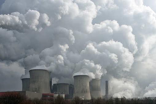 G7国家每年化石燃料支出至少达1000亿美元