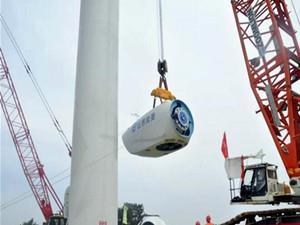 华电泽州风电一期项目首台风机顺利完成吊装