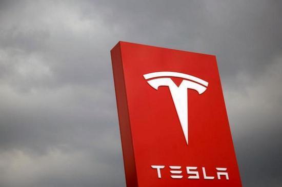 松下考虑对特斯拉超级工厂追加投资