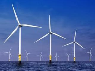 莆田平海湾海上风电场二期项目首批4台海上风电机组在莆头港顺利交付
