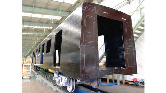 中车发布新一代碳纤维地铁车辆