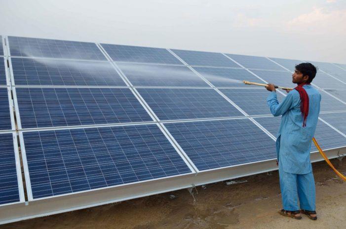 印度鼓励当地制造的太阳能项目招标第四次延期