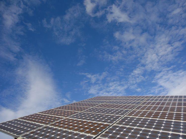 约旦部长为52MW太阳能项目奠基