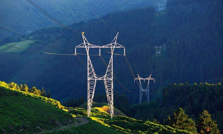 11月份我国全社会用电量同比增长6.3%