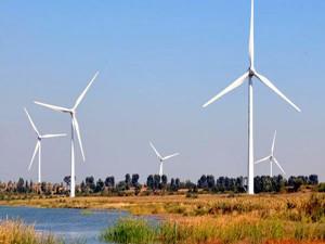 河南省鄢陵风电场首台风电机组成功并网发电
