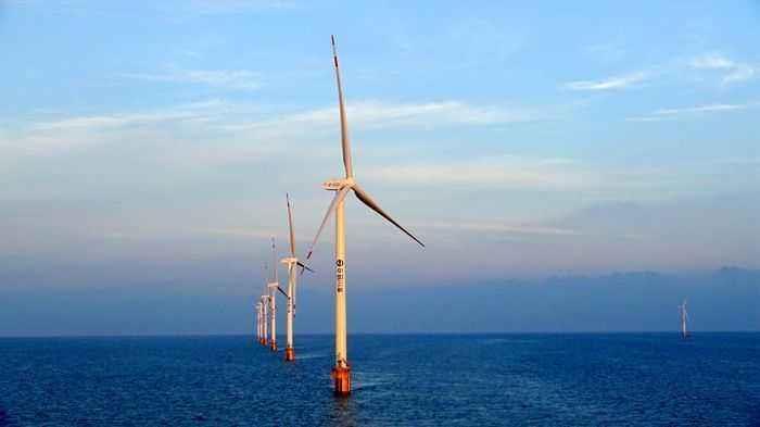 广东省最大兆瓦海上风电塔筒顺利装船发货