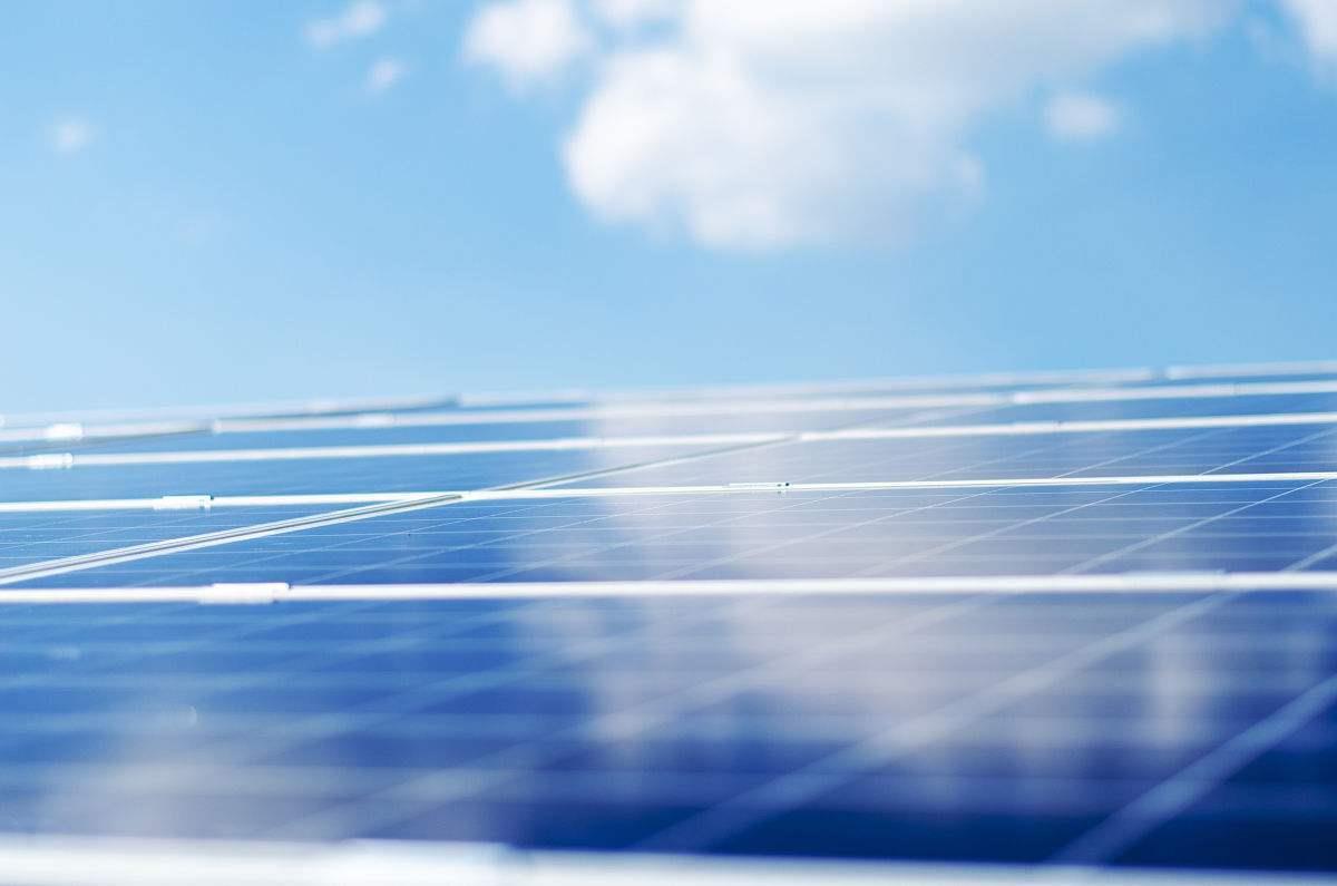 我国光伏发电累计装机规模超过17000万千瓦