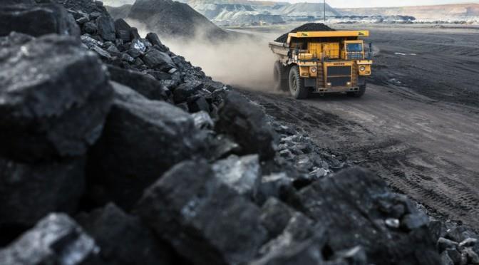 嘉能可Mutanda矿区运酸卡车出事故致20人死亡