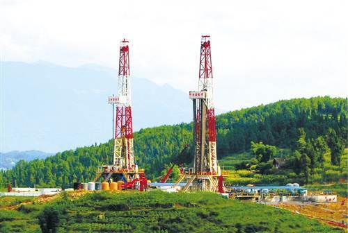 中国石化在四川探明千亿方级页岩气田