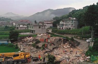 四川长宁地震 多央企携手保障灾区电力、交通、通信