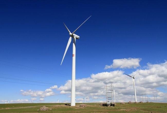 福建最大陆上风电项目首台风机并网发电