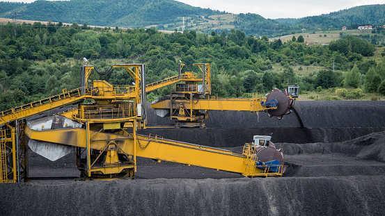 煤灰泄露污染河流 杜克能源遭起诉