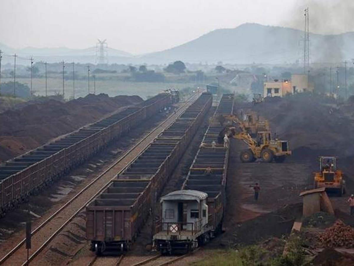 上半年印度煤炭进口量暴增53%至3547万吨