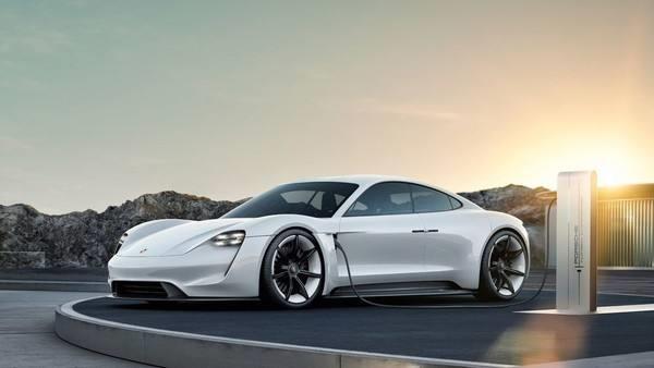 保时捷迈入电动化时代 全新电动车型在德国正式下线