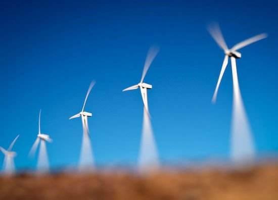巴菲特投资加拿大最大风力发电项目