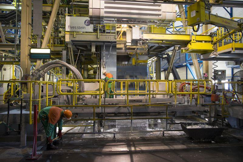 市场需求疲软 塔塔钢铁计划欧洲裁员3000人