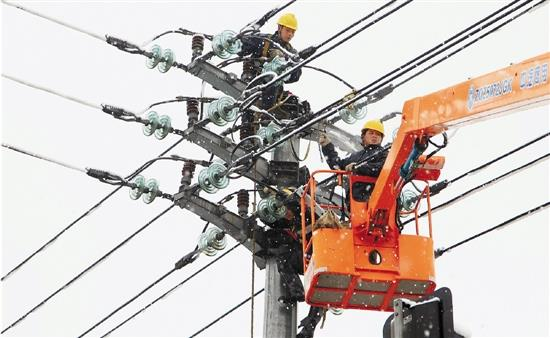 """""""十三五""""国网已投资6444亿元改造升级农村电网"""