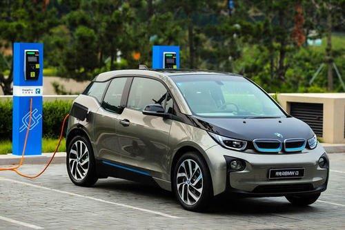 2021年宝马欧洲销量中25%为新能源车