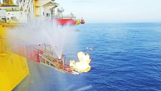 我国天然气水合物(可燃冰)试采创两项世界纪录