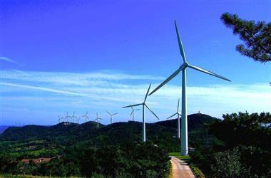 我国西南地区单机容量最大风机吊装成功