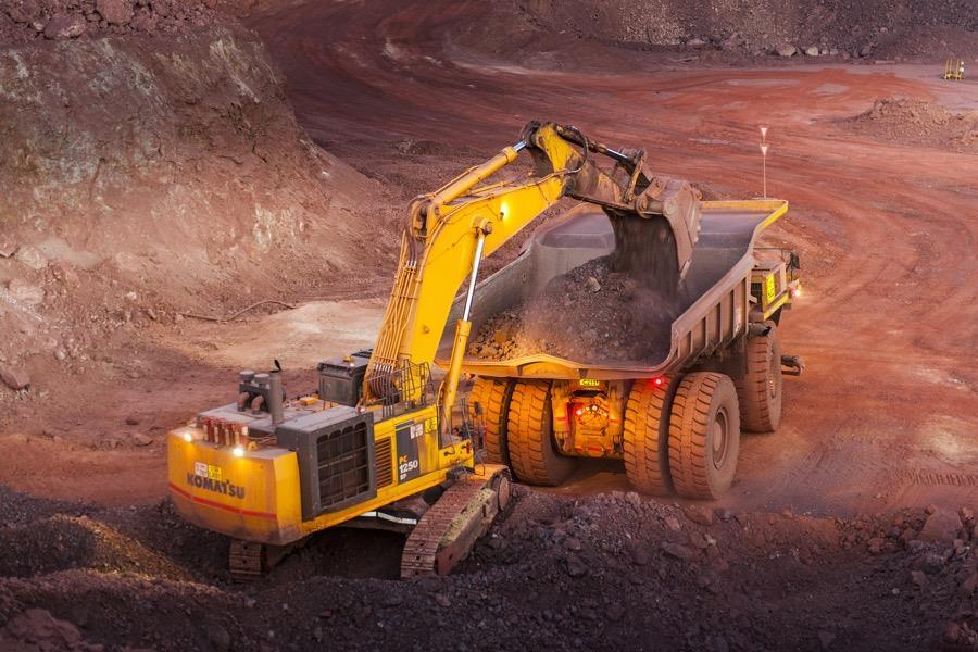 南非全国封锁21天 英美资源铁矿、动力煤产量减少