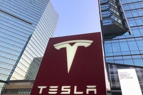 特斯拉第一季度电动车出货量约7.74万辆 环比大跌逾30%