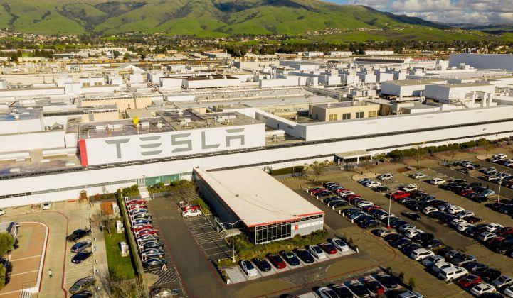 疫情蔓延 油价震荡 2020年电动汽车销量将下滑40%