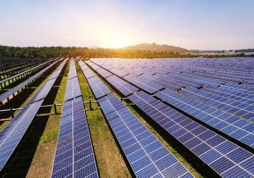 外国媒体:美造出转化效率值高达47.1%的太阳能电池