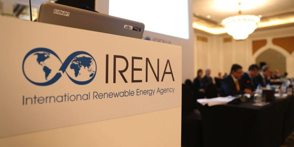 IRENA:可再生能源成本下跌 能源转型遇转折点