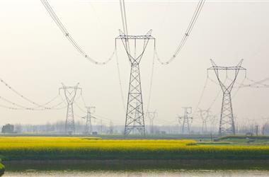 1-4月云南规上电力企业发电762.94亿度