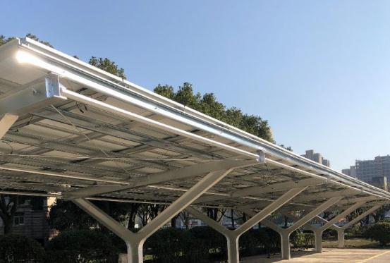 金华最大规模光伏车棚投用 年发电量近1000万千瓦时