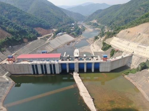 老挝南欧江四级水电站首台机组移交运维
